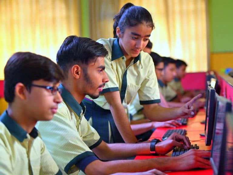 top cbse school in ghaziabad-Vidhyabharati